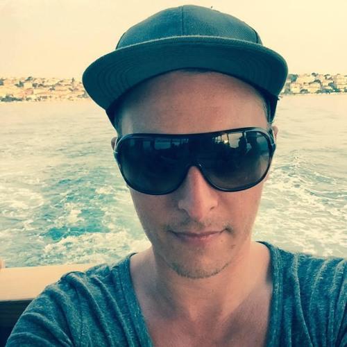 Christian Loeffler's avatar