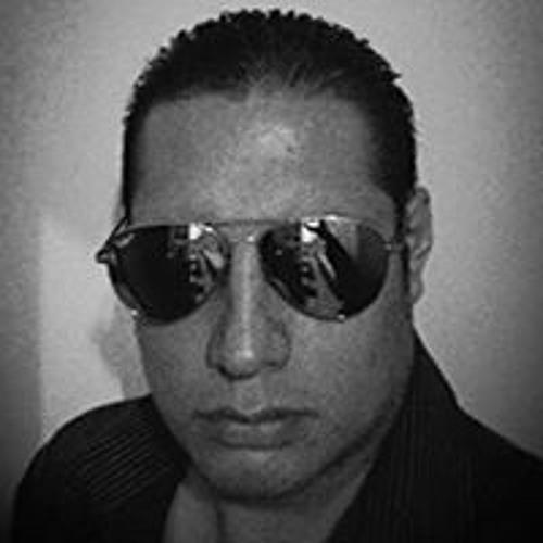 Luiz Dias Vizenzio's avatar