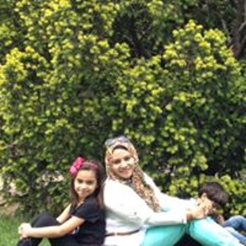 Dina Khalaf's avatar