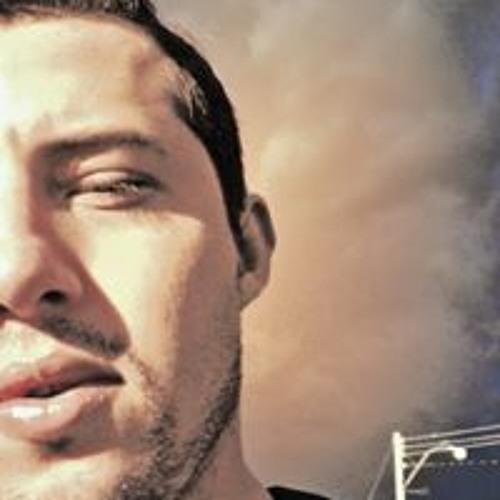 Feer Santos's avatar