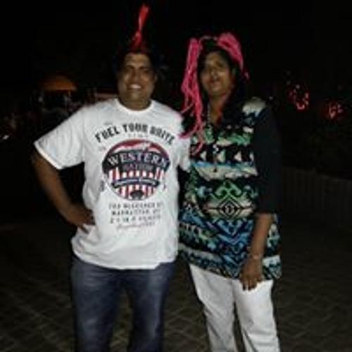 Swetha Deivanayagam's avatar