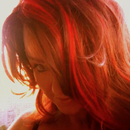 Carrie Chesnutt's avatar