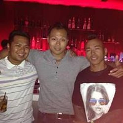 Jonathan Kong's avatar
