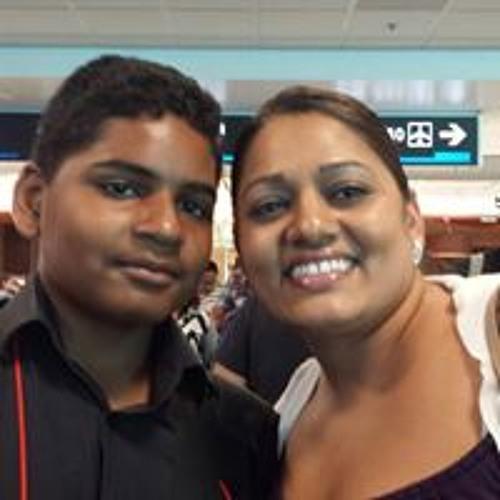 Seeta Rampersaud's avatar