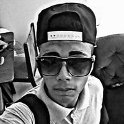 Felippe Mello's avatar