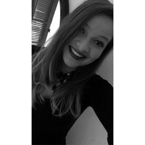 NayanaGoerck_'s avatar