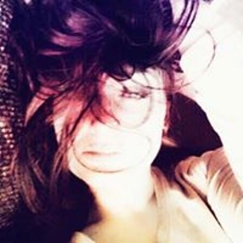 Ana Stasia's avatar