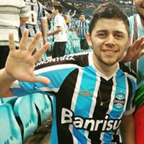 Renato Azevedo's avatar