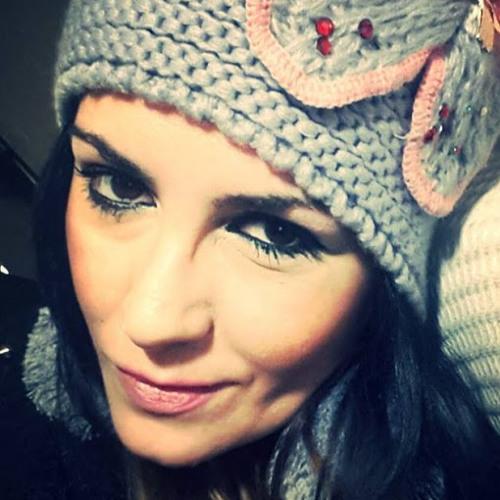 Luciana Prodan's avatar