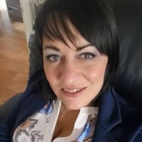 Lisa Davis's avatar