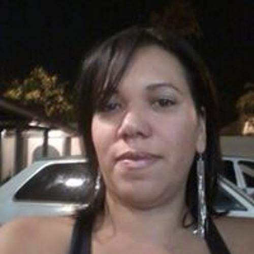 Fabiana Freitas's avatar