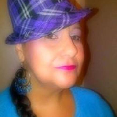 Maggie Rios-Mitchell's avatar