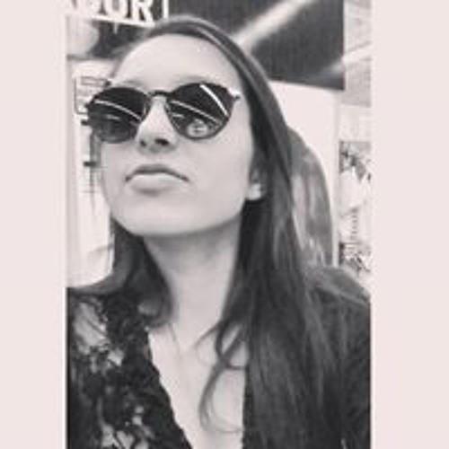 Cassia Dos Santos's avatar