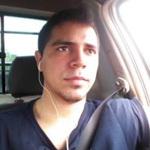 Rodrigo Cabette's avatar