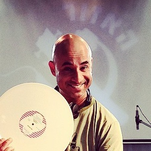 DJ Amir Pery's avatar