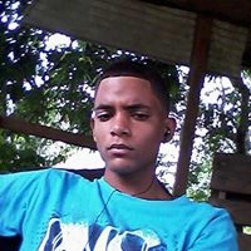 Carlitos Delgado's avatar