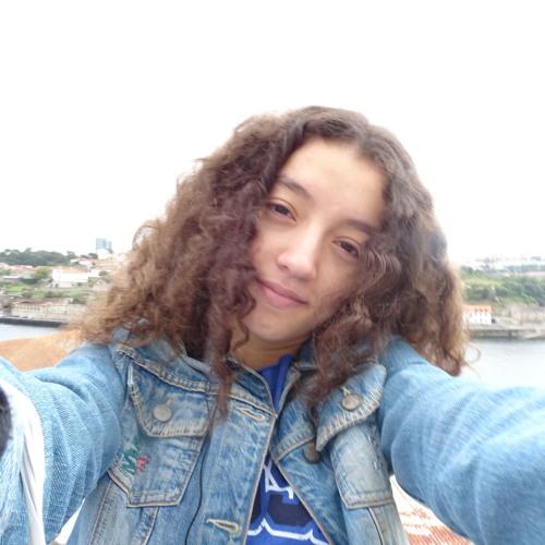 Carlinha Ferreira 2's avatar