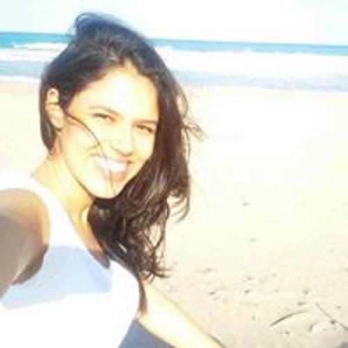 Camila Ferreira's avatar