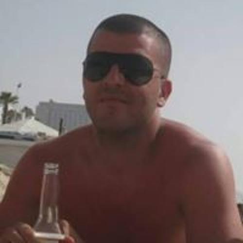 Yaniv Amoyal's avatar