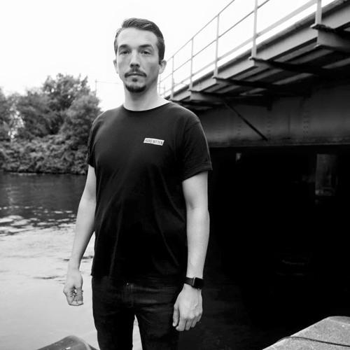 Nicolas Corbin's avatar