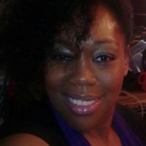 Monique Myles's avatar