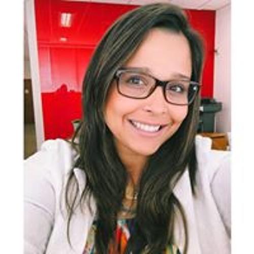 Isabela Costa's avatar