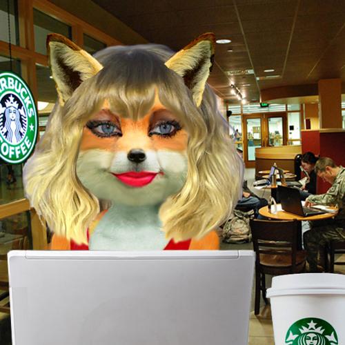 Roxy Fox's avatar