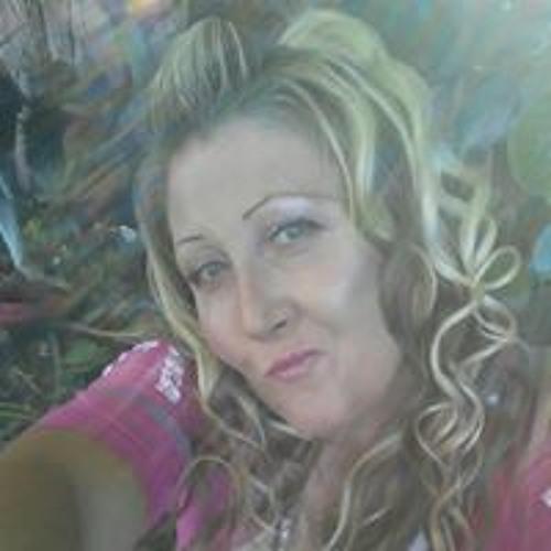Nana Nater's avatar