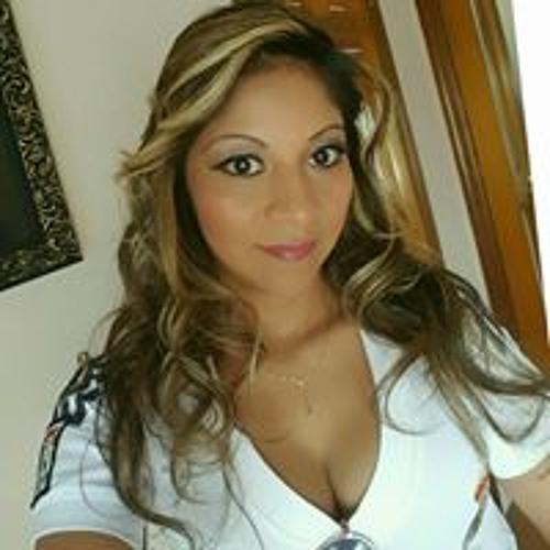 Yoselin Amaya's avatar
