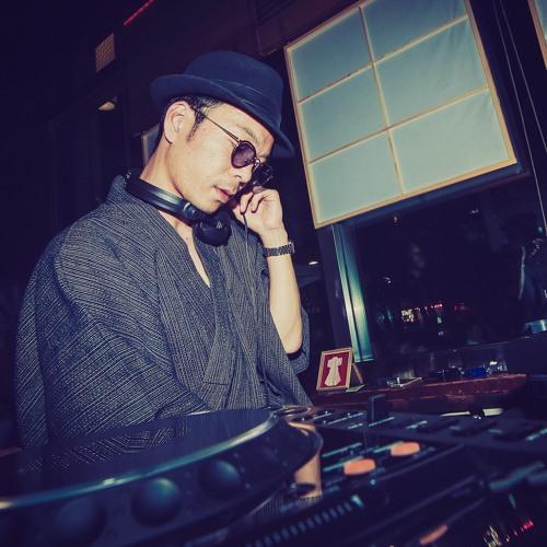 Tsuyoshi Ogawa's avatar