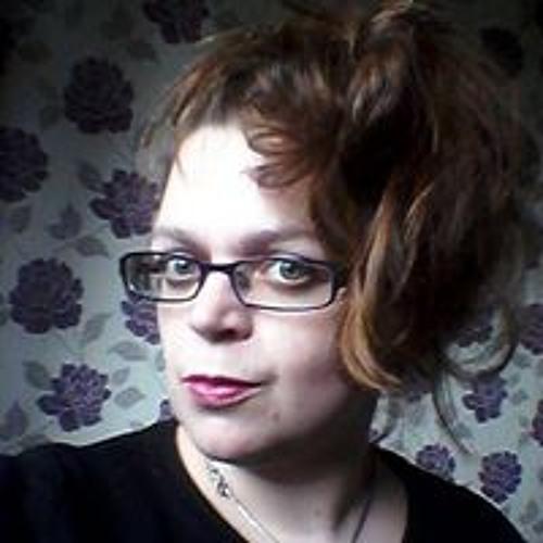 Fiona Constantine's avatar