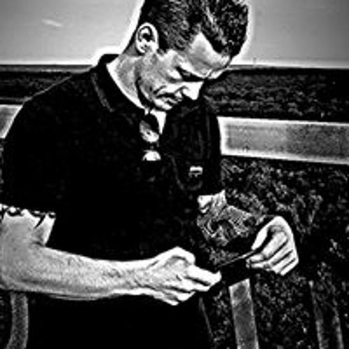 Danny Feenstra's avatar