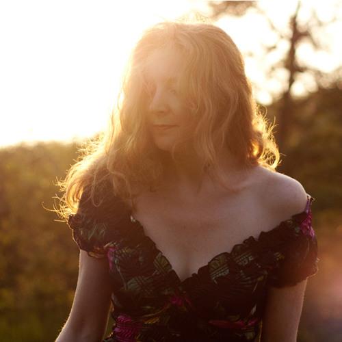 Joanna Weston's avatar