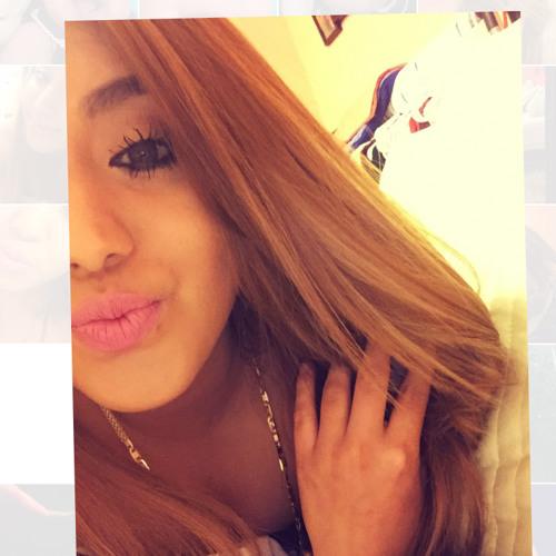 zenia moreno's avatar