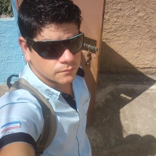 Luciano Endringe®'s avatar