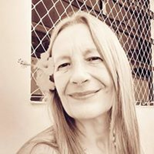 Eliana Engholm Zerbetto's avatar