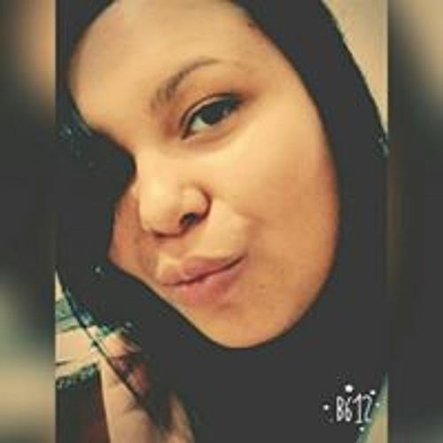 Camila Aviz's avatar