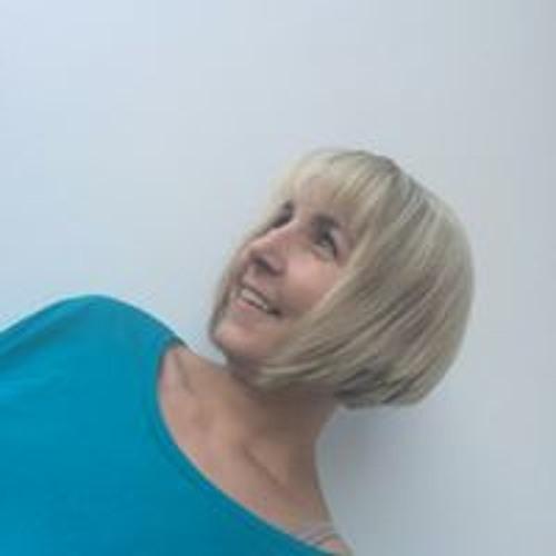 Stephanie Wicht's avatar