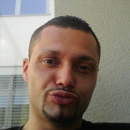 eky4u's avatar
