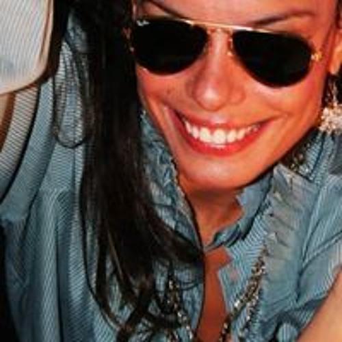 Gisele Cristine's avatar