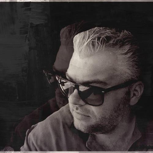 Nik G.'s avatar