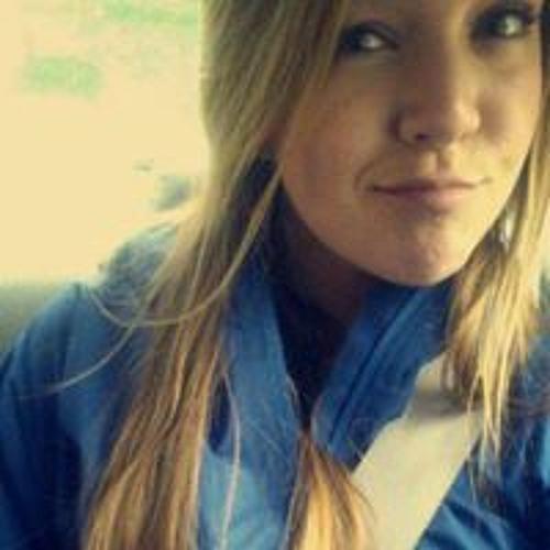 Abby Mae Coes's avatar