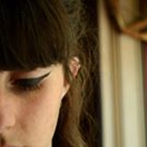 Julie Vincent's avatar