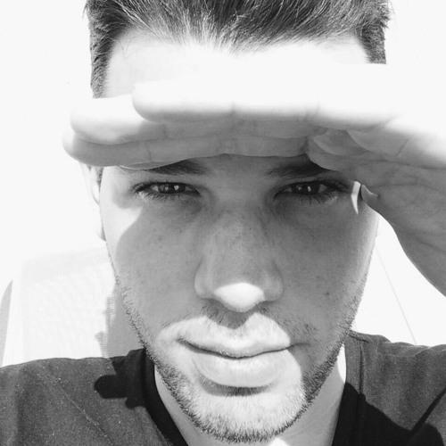 Dom Inik's avatar