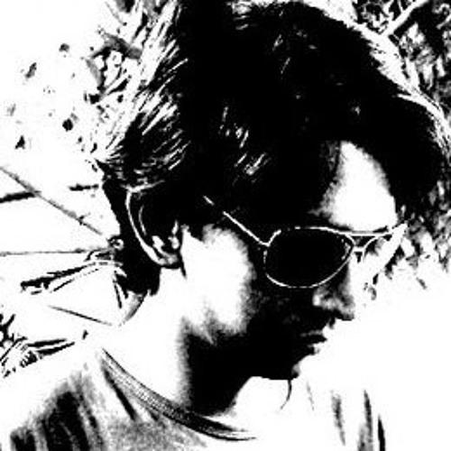 Lushai Alam's avatar