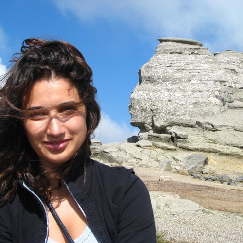 Elena Robie's avatar