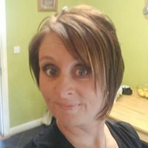 Yvonne Henry's avatar