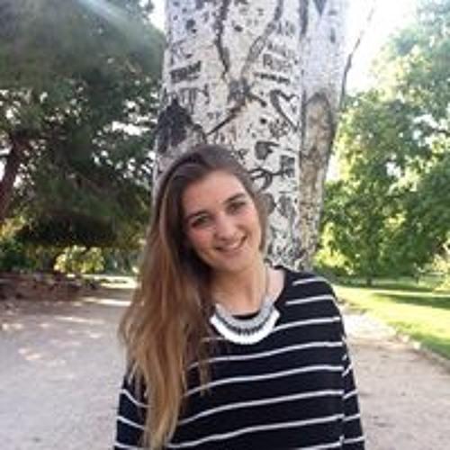 Angela Fernandez's avatar
