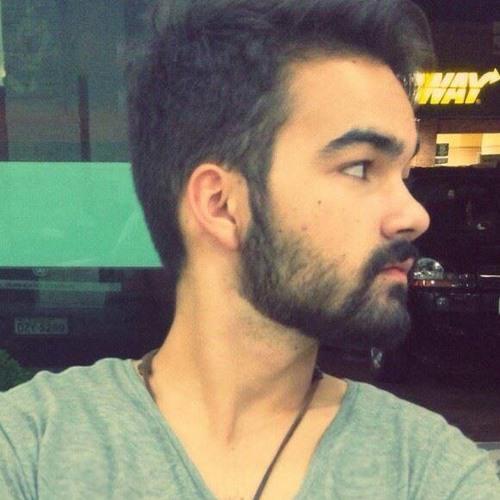 Higor Tavares's avatar