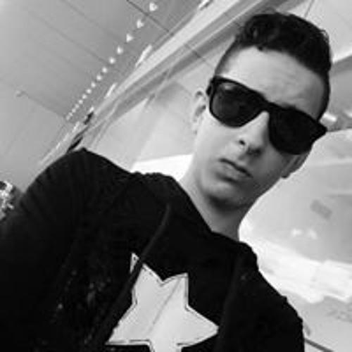 user465638073's avatar